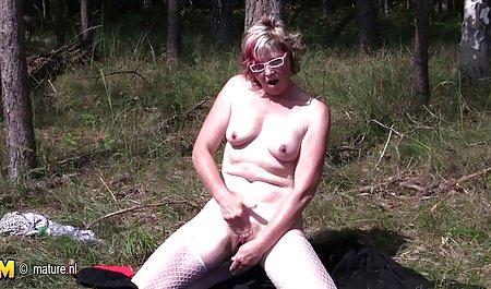 મોટા બોબલા વાળી પોર્ન સારી ગુણવત્તા મહિલા છોકરી બતાવે છે તેના બોબલા - સંકલન ભાગ છે.11