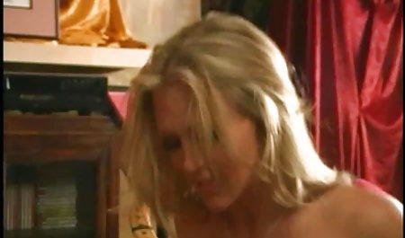 વિશાળ બોબલા સોનેરી વાળ વાળી ચોદવુ મોટો કાળો ગાંડ સેક્સ erotika