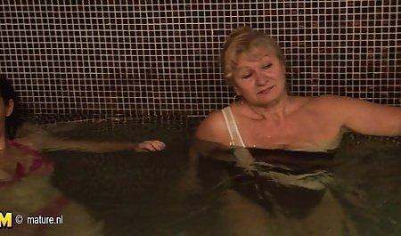 Lera Koval - આઉટડોર Panty સેટ ડાઉનલોડ ટૂંકા પોર્ન વીડિયો પીચ