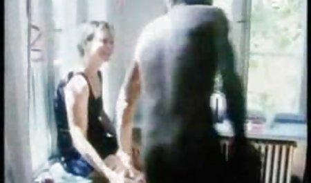 યુનાઇટેડ સ્ટેટ્સ GILF જસ્ટીન આપે છે તેના વાળ વાળુ ભોસ ચુત smatret parnuhi સારવાર